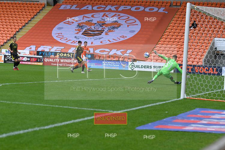 09/05/2021 Sky Bet League 1 Blackpool v Bristol Rovers  <br /> <br /> Jed Ward  saves from Elliot Embleton