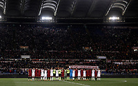Calcio, Serie A: AS Roma - Torino Roma, stadio Olimpico, 9 marzo, 2018.<br /> The players and match officials line up during a minute of silence in memory of Davide Astori before the Italian Serie A football match between AS Roma and Torino at Rome's Olympic stadium, 9 marzo, 2018.<br /> UPDATE IMAGES PRESS/Isabella Bonotto