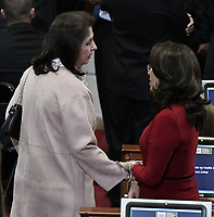 BOGOTÁ -COLOMBIA. 20-07-2017: Nohora Garcia (Izq) y Vivian Morales (Der), senadores, durante la ceremonia de instalación de la legislatura 2017 2018 del Congreso de la República de Colombia realizado hoy, 20 de julio de 2017, en el salón Elíptico del Capitolio Nacional de Colombia en la ciudad de Bogotá. / Nohora Garcia (L) and Vivian Morales (R), senators, during the ceremony of installation of the Legistature 2017 2018 of the Congress of the Republic of Colombia made today, July 20 2017, at Ellipptical room of the National Capitol of Colombia in Bogota city . Photo: VizzorImage/ Gabriel Aponte / Staff