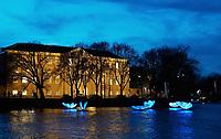 Nederland - Amsterdam -  2020.  Het Dr. Sarphatihuis.  Amsterdam Light Festival.  BUTTERFLY EFFECT van Masamichi Shimada.    Foto Berlinda van Dam / Hollandse Hoogte