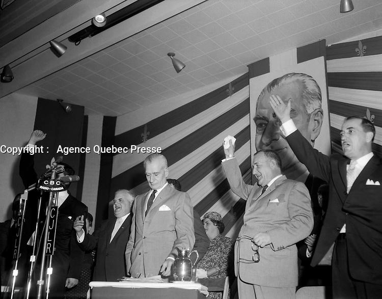 Assemblee de L'Union Nationale  Saint-Gregoire de Montmorency <br /> - Antonio Barrette<br /> , 18 juin 1960<br /> <br /> Photographe : Photo Moderne - Agence Quebec Presse