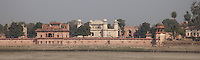 Agra, India.  Itimad-ud-Daulah, tomb of Mirza Ghiyas Beg, chief minister and father-in-law of Emperor Jahangir.  Built 1622-28.