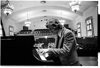 ARCHIVE -<br /> <br /> Concours du Conservatoire de Musique, <br /> 20 avril 1974<br /> <br /> Photo : Agence Quebec Presse  - Alain Renaud