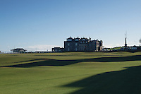 The historic 18th Fairway and clubhouse of St Andrews Golf Course, Fife, Scotland. St Andrews is the home of golf<br /> <br /> Copyright www.scottishhorizons.co.uk/Keith Fergus 2011 All Rights Reserved