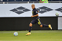 KANSAS CITY, KS - OCTOBER 11: Randall Leal #8 of Nashville SC runs with the ball during a game between Nashville SC and Sporting Kansas City at Children's Mercy Park on October 11, 2020 in Kansas City, Kansas.