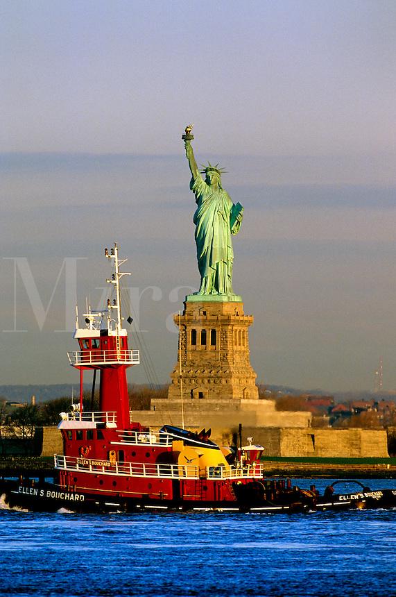"#JP0940 ""Statue of Liberty & Tugboat - New York NY"