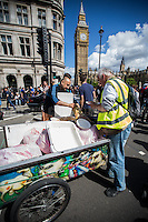 """""""Food for free!""""<br /> <br /> London, 02/07/2016. Today, more than 60 thousand people marched peacefully from Park Lane to Parliament Square to protest against the EU Referendum result which is leading the United Kingdom to the so called """"Brexit"""", in other words to leave the European Union. Protestors of all ages were present in significant numbers representing all the generations of the British population. On the 23rd of June 2016 the British people voted in the EU Referendum (Turnout 72.2%): 51,9% to leave the EU (17,410,742 Votes) versus 48,1% to remain in the EU (16,141,241 Votes). In the morning of the 24th of June the British Prime Minister David Cameron gave a speech outside 10 Downing Street in which he announced the EU Referendum results and his formal resignation within 3 months. Cameron decision triggered the leadership race in the Conservative Party between the Home Secretary Theresa May MP (backed Remain in the EU Referendum) and the Lord Chancellor and Secretary of State for Justice Michael Gove MP (backed Leave in the EU Referendum). On the 30th of June, the former Mayor of London and major figure in the Leave Campaign, Boris Johnson MP, surprisingly withdrew from the leadership contest. The new leader of the Conservative Party will succeed David Cameron as the new British Prime Minister.<br /> <br /> For more information about the demo please click here: https://www.facebook.com/events/1732671000335981/ & https://www.facebook.com/events/244646665920554/<br /> <br /> For more information about the result please click here: http://www.bbc.co.uk/news/politics/eu_referendum/results"""