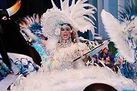 PARINTINS, AM, 30.06.2019: PARINTINS-AMAZONAS. Valentina Cid, Sinhazinha. Apresentação do Boi Caprichoso na terceira e última noite do 54o festival Folclorico de Parintins, neste domingo (30), no bumdódromo. Parintins fica a 370 km de Manaus.<br /> Foto: Sandro Pereira/Codigo19