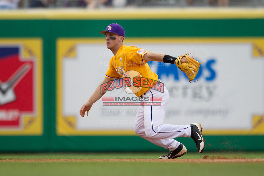 LSU Tigers shortstop Alex Bregman (8) on defense during the Southeastern Conference baseball game against the Texas A&M Aggies on April 25, 2015 at Alex Box Stadium in Baton Rouge, Louisiana. Texas A&M defeated LSU 6-2. (Andrew Woolley/Four Seam Images)