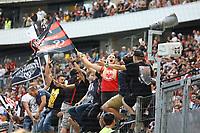 Fans von Eintracht Franfurt jubeln - 06.08.2017: Eintracht Frankfurt vs. FSV Frankfurt, Saisoneröffnung, Commerzbank Arena