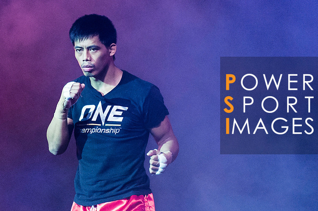 Lightweight Honorio Banario of Philippines arrives to the ring for his fight against  Eddie Ng of Hong Kong on 13 August 2016 at The Venetian Macao Cotai Arena in Macau, China. Photo by Marcio Machado / Power Sport Images