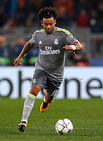 Calcio, andata degli ottavi di finale di Champions League: Roma vs Real Madrid. Roma, stadio Olimpico, 17 febbraio 2016.<br /> Real Madrid's Marcelo in action during the first leg round of 16 Champions League football match between Roma and Real Madrid, at Rome's Olympic stadium, 17 February 2016.<br /> UPDATE IMAGES PRESS/Riccardo De Luca