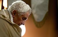 Papa Benedetto XVI arriva alla Basilica di Santa Maria Maggiore, Roma, 23 giugno 2011, al termine della processione del Corpus Domini..Pope Benedict XVI arrives at St. Mary Major's Basilica, Rome, 23 june 2011, at the end of the Corpus Domini procession..UPDATE IMAGES PRESS/Riccardo De Luca
