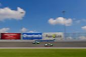 #18: Daniel Suarez, Joe Gibbs Racing, Toyota Camry Juniper Networks, #98: Kevin Harvick, Biagi-DenBeste Racing, Ford Mustang Hunt Brothers Pizza
