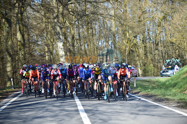 The peloton during Liege-Bastogne-Liege Femmes 2021, running 141km from Bastogne to Liege, Belgium. 25th April 2021.  <br /> Picture: A.S.O./Gautier Demouveaux   Cyclefile<br /> <br /> All photos usage must carry mandatory copyright credit (© Cyclefile   A.S.O./Gautier Demouveaux)