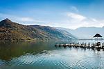 Italy, Alto Adige - Trentino (South Tyrol), Lago di Caldaro, picturesque hills and castle ruin Leuchtenburg at the Lake of Caldaro | Italien, Suedtirol, malerische Huegellandschaft mit der Ruine Leuchtenburg am Kalterer See