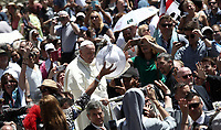 Papa Francesco saluta i fedeli al termine della Santa Messa della Solennità dei Santi Pietro e Paolo in piazza San Pietro, Citta' del Vaticano, 29 giugno, 2018.<br /> Pope Francis greats faithful at the end of the mass for the imposition of the Pallium upon the new Metropolitan Archbishops and the solemnity of Saints Peter and Paul in St. Peter's Square at the Vatican, on June 29, 2018.<br /> UPDATE IMAGES PRESS/Isabella Bonotto<br /> <br /> STRICTLY ONLY FOR EDITORIAL USE