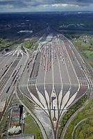 Gueterzuege auf dem Rangierbahnhof Maschen: EUROPA, DEUTSCHLAND, NIEDERSACHSEN, MASCHEN, (EUROPE, GERMANY), 29.04.2017: Gueterzuege auf dem Rangierbahnhof Maschen