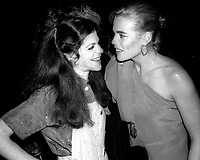 1978 FILE PHOTO<br /> New York City<br /> Gilda Radner Margeaux Hemingway at Studio 54<br /> Photo by Adam Scull-PHOTOlink.net