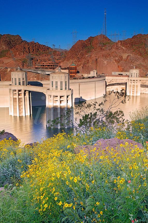 Hover Dam, Lake Mead Recreation Area, looking towards Nevada from Arizona
