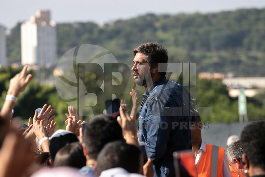 SAO PAULO, SP, 27.04.2019 - EVENTO-SP - Leo Chaves apresentam no Senna Day Festival no Autódromo de Interlagos, região sul de São Paulo nesta  quarta-feira, 01.<br /> <br /> <br /> (Foto: Fabricio Bomjardim / Brazil Photo Press / Folhapress)
