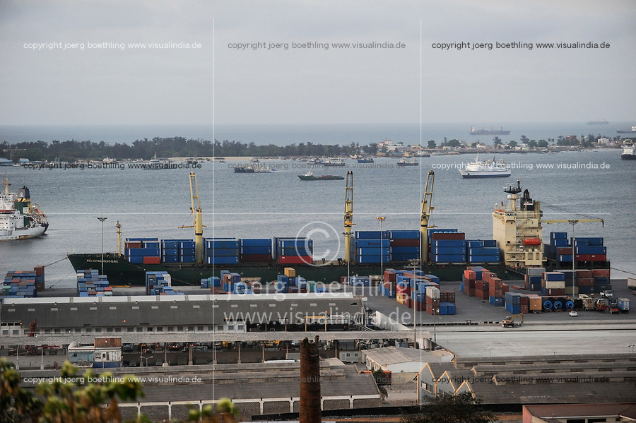 ANGOLA Luanda , harbour and Ilha do Cabo/ ANGOLA Luanda, Hafen von Luanda