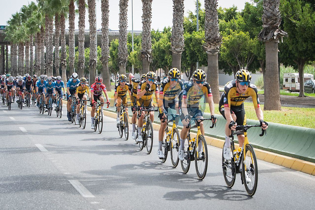 The peloton led by Jumbo-Visma during Stage 10 of La Vuelta d'Espana 2021, running 189km from Roquetas de Mar to Rincón de la Victoria, Spain. 24th August 2021.     <br /> Picture: Cxcling | Cyclefile<br /> <br /> All photos usage must carry mandatory copyright credit (© Cyclefile | Cxcling)
