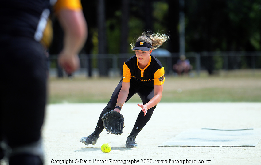 Wellington v Junior Black Sox women. 2020 National Fastpitch softball Championships at Fraser Park in Lower Hutt, New Zealand on Saturday, 15 February 2020. Photo: Dave Lintott / lintottphoto.co.nz