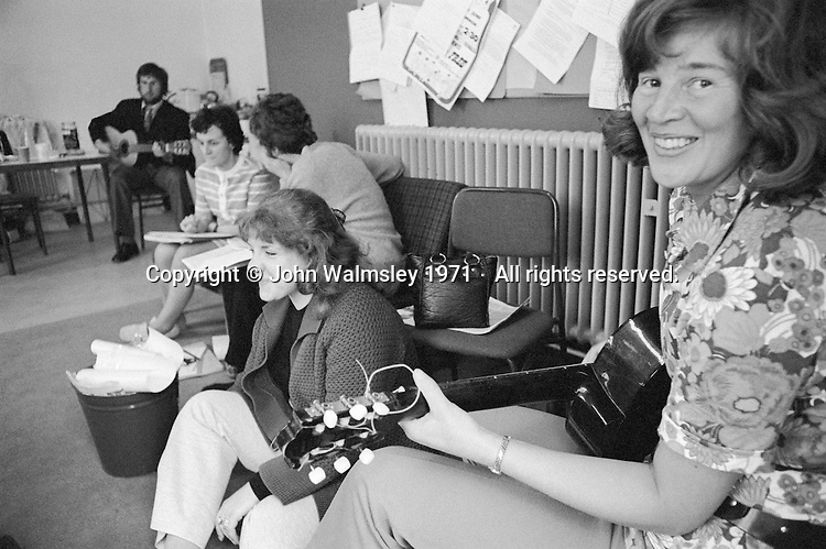 Gerry Mabin (on guitar) at Julian's Primary School, Streatham, London.  1971.  Gerry later moved to Toronto, Canada, where she founded the Mabin School in 1980.