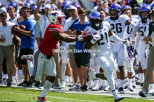 TCU Horned Frogs running back Kyle Hicks (21) in action during the game between the SMU Mustangs and the TCU Horned Frogs at the Amon G. Carter Stadium in Fort Worth, Texas.