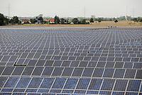 GERMANY, Solar valley at Bitterfeld Wolfen / DEUTSCHLAND, Freiflaechen Solar Feld und Windkraftanlagen im Solar Valley Standort vieler Solarfirmen wie Q-cells Sovello bei Bitterfeld-Wolfen in Sachsen-Anhalt