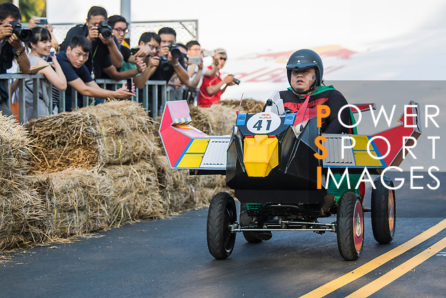 Team 全球鷹  in action during the Red Bull Soapbox Race 2017 Taipei at Multipurpose Gymnasium National Taiwan Sport University on 01 October 2017, in Taipei, Taiwan. Photo by Victor Fraile / Power Sport Images