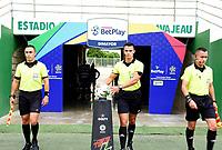 VALLEDUPAR - COLOMBIA, 27-03-2021: Jonathan Aguirre, árbitro, durante partido entre Valledupar F.C. y Tigres F.C. por la fecha 13 del Torneo BetPlay DIMAYOR I 2021 jugado en el estadio Armando Maestre Pavajeau de la ciudad de Valledupar. / Jonathan Aguirre, referee, during the match between Valledupar F.C. and Tigres F.C. for the for the date 13 as part of BetPlay DIMAYOR Tournament I 2021 played at Armando Maestre Pavajeau stadium in Valledupar city. Photo: VizzorImage / Adamis Guerra / Cont
