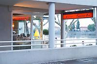 restaurant rive gauche tain l hermitage rhone france