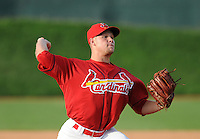 August 1, 2009: RHP Andrew Moss (32) of the Johnson City Cardinals, rookie Appalachian League affiliate of the St. Louis Cardinals, in a game at Howard Johnson Field in Johnson City, Tenn. Photo by: Tom Priddy/Four Seam