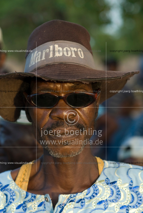 "Afrika Westafrika Burkina Faso Dorf Sesuala bei Pó , Ethnie Kassena ,.Dorfaelteste Dorffuehrer Chief -  Menschen Mann Maenner  xagndaz | .Africa west-africa Burkina Faso , village Sesuala near Pó , ethnic Kassena , village leader old men chief - people | [ copyright (c) Joerg Boethling / agenda , Veroeffentlichung nur gegen Honorar und Belegexemplar an / publication only with royalties and copy to:  agenda PG   Rothestr. 66   Germany D-22765 Hamburg   ph. ++49 40 391 907 14   e-mail: boethling@agenda-fototext.de   www.agenda-fototext.de   Bank: Hamburger Sparkasse  BLZ 200 505 50  Kto. 1281 120 178   IBAN: DE96 2005 0550 1281 1201 78   BIC: ""HASPDEHH"" ,  WEITERE MOTIVE ZU DIESEM THEMA SIND VORHANDEN!! MORE PICTURES ON THIS SUBJECT AVAILABLE!! ] [#0,26,121#]"