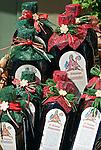 Austria, Upper Austria, Salzkammergut, St. Wolfgang at Lake Wolfgang: local speciality herbal liqueur | Oesterreich, Oberoesterreich, Salzkammergut, St. Wolfgang am Wolfgangsee: heimische Spezialitaet St. Wolfganger Kraeuterbitter