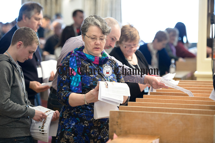 The counting of votes underway at theGE2016 count in Ennistymon. Photograph by John Kelly.