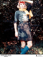 Prod DB © Copernic - Ascot / DR<br /> WEEK-END (WEEK END) de Jean-Luc Godard 1967 FRA / ITA<br /> avec Mireille Darc<br /> sale, boue, boueuse, portrait