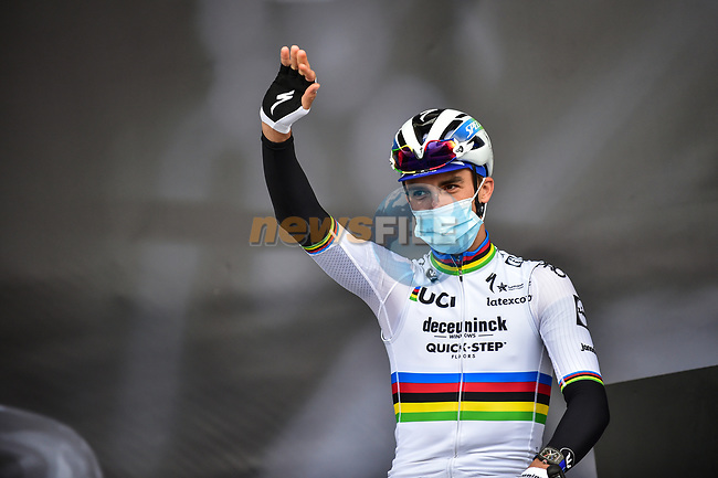 New World Champion Julian Alaphilippe (FRA) Deceuninck-Quick Step at sign on before Liege-Bastogne-Liege 2020, running 257km from Liege to Liege, Belgium. 4th October 2020.<br /> Picture: ASO/Gautier Demouveaux | Cyclefile<br /> All photos usage must carry mandatory copyright credit (© Cyclefile | ASO/Gautier Demouveaux)