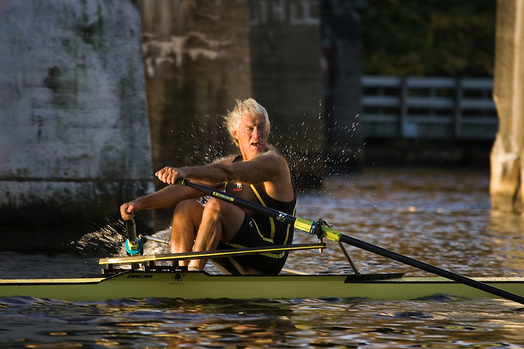 Pisten Bully Rowing Club, Duncan Howat, First Place, Veteran Singles Men, [60+], Rowers, 2006 Head of the Charles Regatta, Charles River, Cambridge,  Boston, Massachusetts, USA. Sunday October 22, 2006