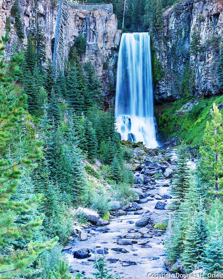 View of Tumalo Falls, on Tumalo Creek, near Bend, Oregon.