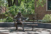 Ben Franklin statue on the University of Pennsylvania campus, Philadelphia, Pennsylvania, USA