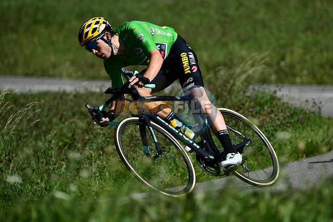 Wout Van Aert (BEL) Team Jumbo-Visma wearing the Green Jersey descends during Stage 4 of Criterium du Dauphine 2020, running 157km from Ugine to Megeve, France. 15th August 2020.<br /> Picture: ASO/Alex Broadway | Cyclefile<br /> All photos usage must carry mandatory copyright credit (© Cyclefile | ASO/Alex Broadway)