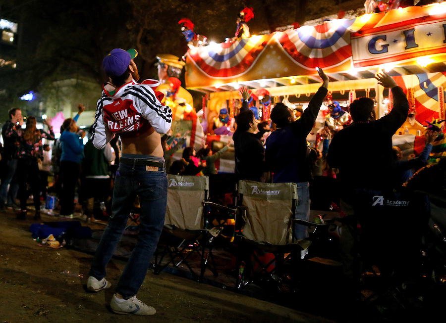 before an NBA basketball game, Sunday, Jan. 25, 2015, in New Orleans. (AP Photo/Jonathan Bachman)