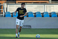 SAN JOSE, CA - SEPTEMBER 16: Jaroslaw Niezgoda #11 of the Portland Timbers warms up during a game between Portland Timbers and San Jose Earthquakes at Earthquakes Stadium on September 16, 2020 in San Jose, California.