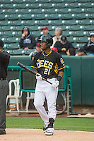Alfredo Marte (21) of the Salt Lake Bees during the game against the Tacoma Rainiers in Pacific Coast League action at Smith's Ballpark on May 7, 2015 in Salt Lake City, Utah.  (Stephen Smith/Four Seam Images)