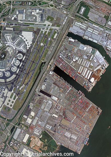 aerial photo map of Port of Newark and the runways of Newark Liberty International Airport (EWR), Newark, New Jersey