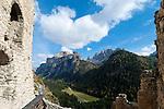 Italy, South Tyrol, Alto Adige, Val Gardena, Dolomites, Selva Gardena, castle ruin Selva Gardena at Vallunga Valley  Italien, Suedtirol, Dolomiten, Groednertal, Wolkenstein, Schlossruine Wolkenstein im Langental