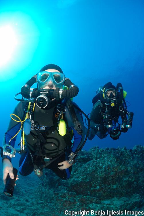 Tek divers at the 85 foot pinnacle on a rebreather Maui hawaii